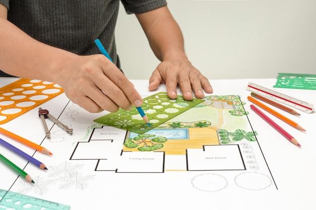 Landschapsarchitect ontwerp achtertuinplan voor villa