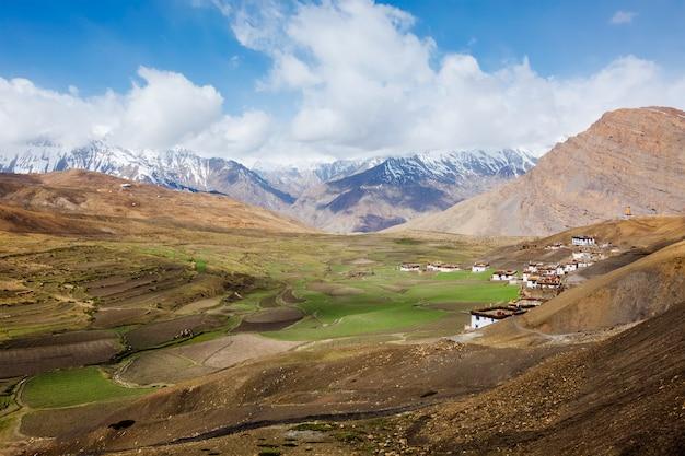 Langza dorp in de himalaya