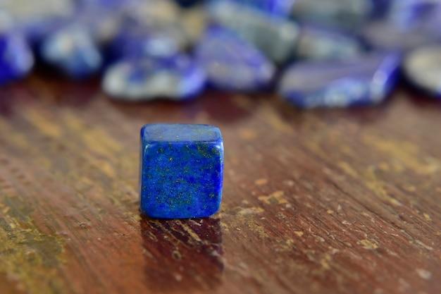 Lapis lazuli prachtige natuurlijke blauwe steen