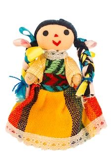 Lappenpop met een typische jurk van mexico geïsoleerd op een witte achtergrond