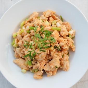 Larb, hak met pittige smaak, thais eten