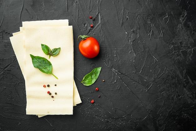 Lasagnedeegvellen, met kruiden en kruiden