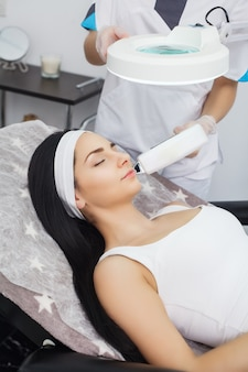 Laserepilatie en cosmetologie bij cosmetische beauty spa-kliniek