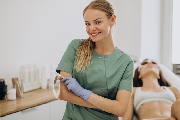 Laserepilatie, ontharingstherapie