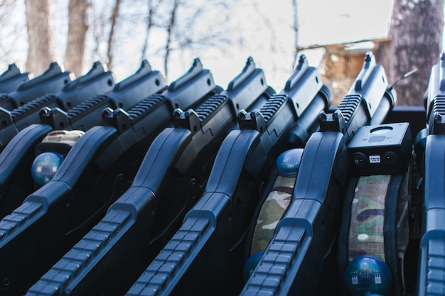 Lasertag-apparatuur en geweren