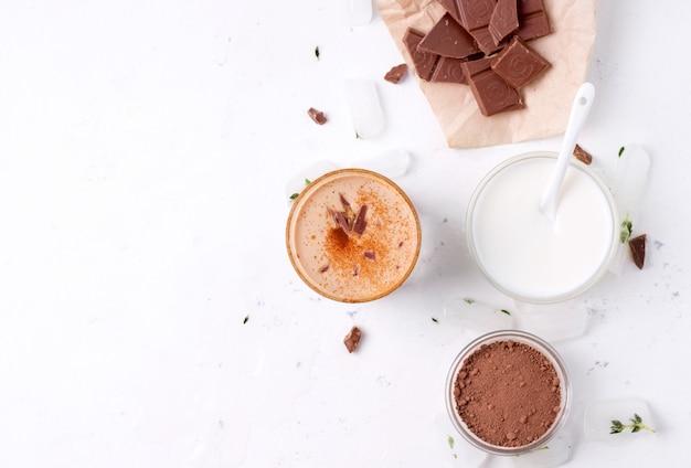 Lassi is een chocolade koud drankje