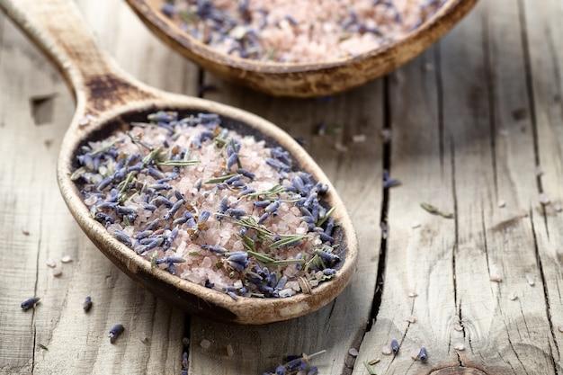 Lavendel badzout. spa-accessoires,