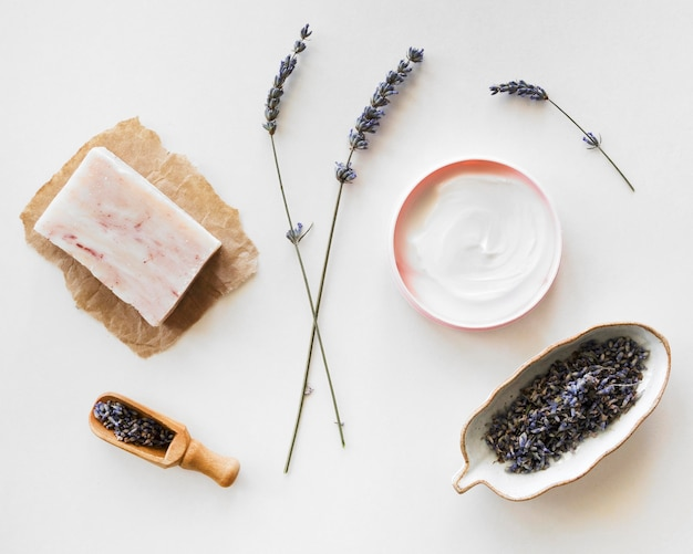 Lavendel bloemen spa natuurlijke cosmetica