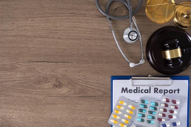 Law compliance concept voor medisch systeem