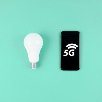 Led-lamp en 5g-smartphone