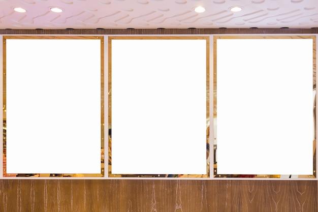 Led tv leeg wit scherm aan de muur voor ontwerp, reclame ontwerpconcept.