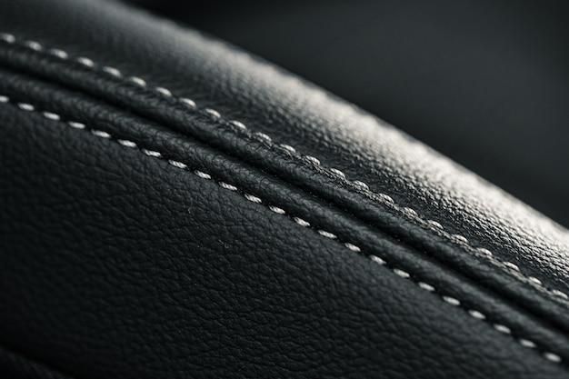 Lederen stoelen van een nieuwe luxeauto