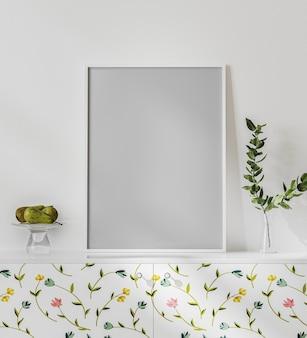 Leeg posterframe mock-up op het witte bureau met witte muur, helder interieur met bloemenprint, plant in vaas en fruit, 3d-rendering