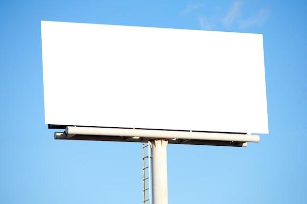 Leeg reclamebord om tekst te kunnen plaatsen