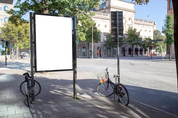 Lege billboard mock up op stad voor sms-bericht of inhoud.