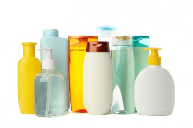 Lege flessen voor cosmetica geïsoleerd op een witte achtergrond