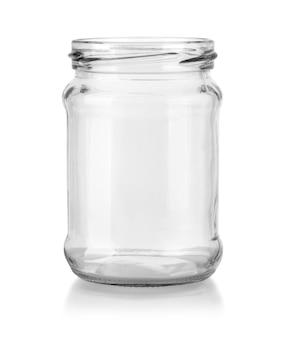 Lege glazen pot geïsoleerd op een witte achtergrond met uitknippad.