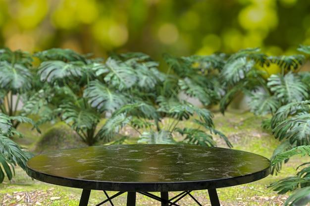 Lege houten tafel achtergrond bij coffeeshop, tabel voor productvertoning