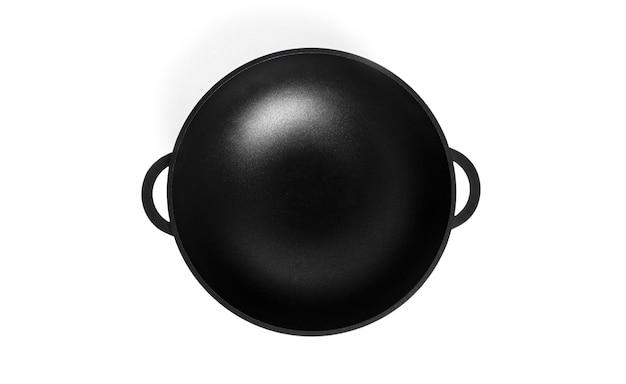 Lege ijzeren wok. geïsoleerd op wit.