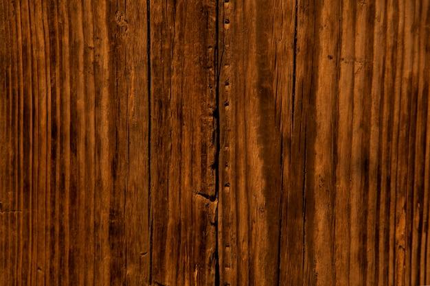Lege natuurlijke bruine houten achtergrond. oppervlak van oude bruine houtstructuur met scheuren. Premium Foto