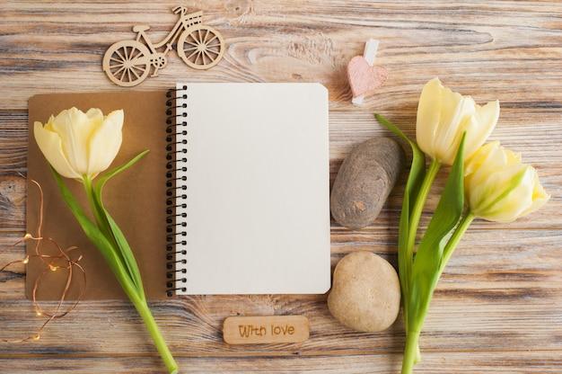 Lege notitieboekjeachtergrond