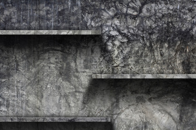 Lege plank met oude cement muur achtergrond,
