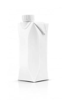 Lege verpakking melk container doos met plastic dop geïsoleerd