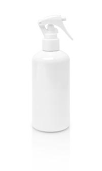 Lege verpakkingsnevelfles die op witte achtergrond wordt geïsoleerd