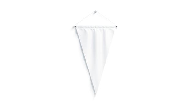 Lege witte driehoekige wimpel, geïsoleerd