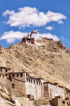 Leh palace en namgyal tsemo monastery