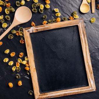 Leisteen en pasta