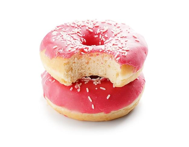Lekkere donuts op een witte ondergrond
