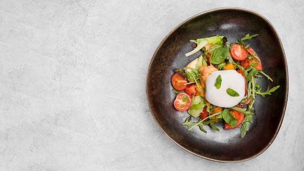Lekkere gezonde salade met kopie ruimte