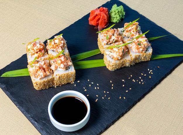 Lekkere sushi set met wasabi en sojasaus