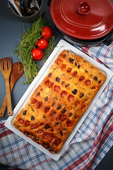 Lekkere taart op druipende pan