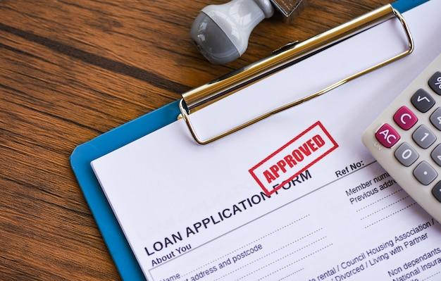 Lening goedkeuring financiële lening aanvraagformulier voor geldschieter en lener voor hulp investeringsbank landgoed