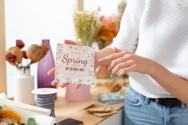 Lente verkoop van kleine bloemenwinkel bedrijf
