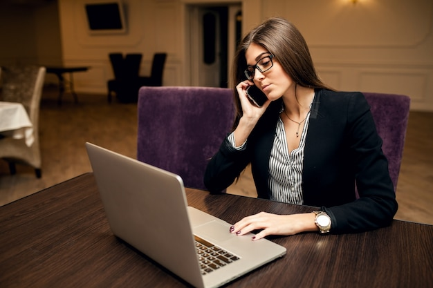 Leraar internet laptop business portret