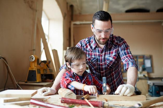 Leren houtbewerking