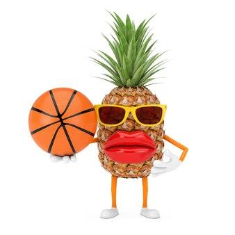 Leuke cartoon fashion hipster gesneden ananas persoon karakter mascotte met basketbal bal op een witte achtergrond. 3d-rendering