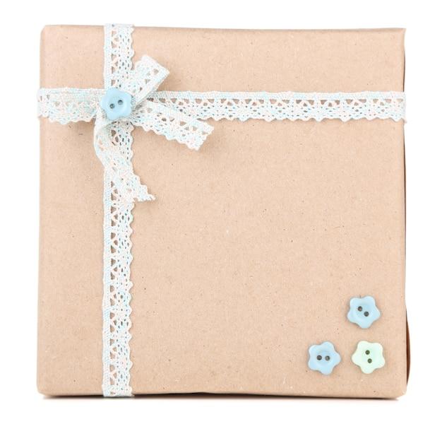 Leuke geschenkdoos geïsoleerd op wit
