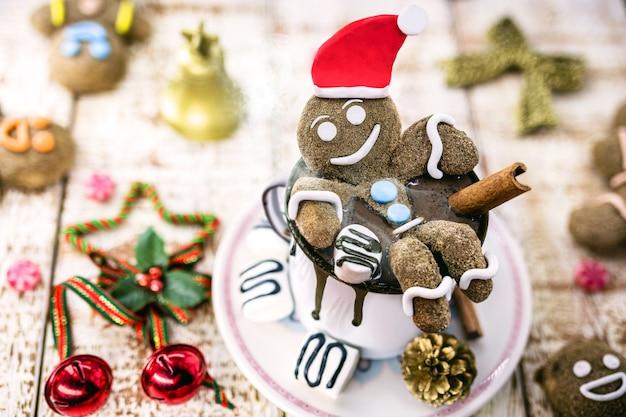 Leuke kerst warme chocolademelk, vakantie of merry christmas thema foto achtergrond