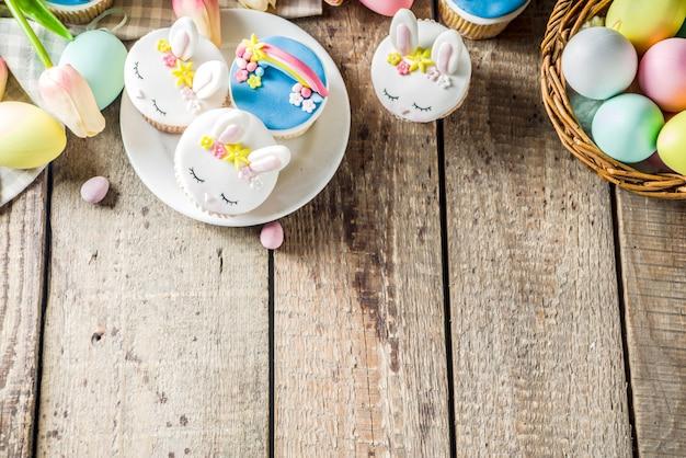 Leuke zelfgemaakte pasen cupcakes