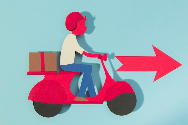 Levering man op motorfiets met rode pijl