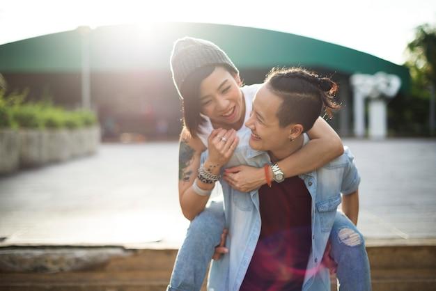 Lgbt aziatisch lesbisch koppel