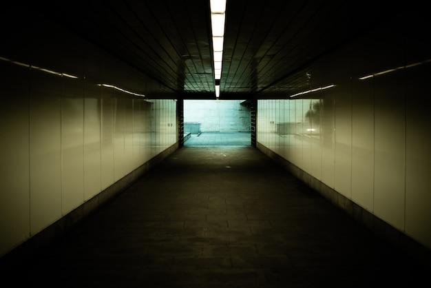 Licht aan het eind van de tunnel, concept van het uiteindelijke doel
