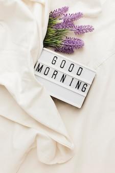 Lichtbak met goedemorgenbericht