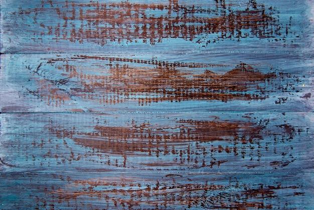 Lichtblauwe houten tafel