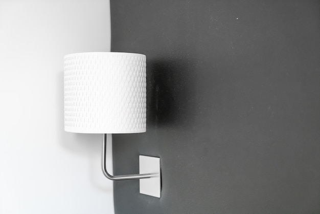 Lichte lampdecoratie in slaapkamer