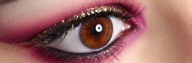 Lichte trendy make-up